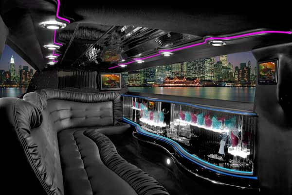Chrysler 300 East Aurora limo interior